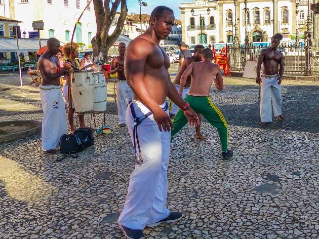 Capoeiristas no Terreiro de Jesus