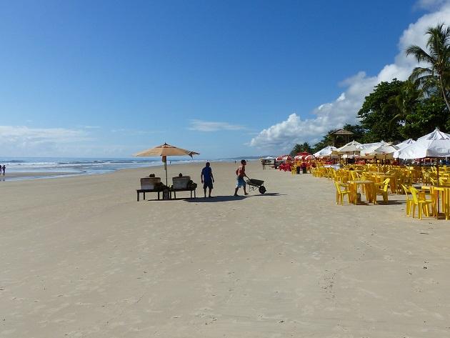 Praia dos Milionários no início da manhã.