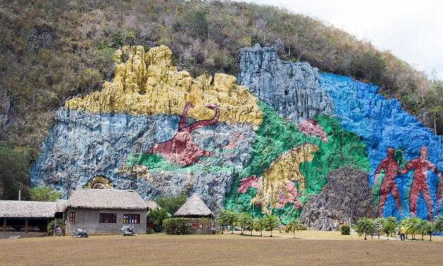 Mural de la Prehistoria - Cuba