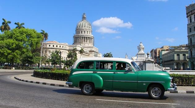 Taxi coletivo em Havana.