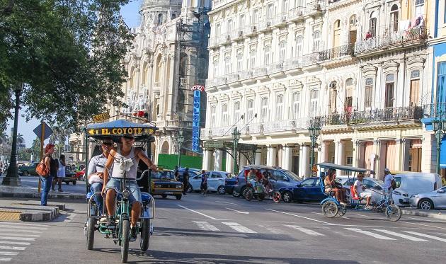 Bicitaxis em Centro Habana.