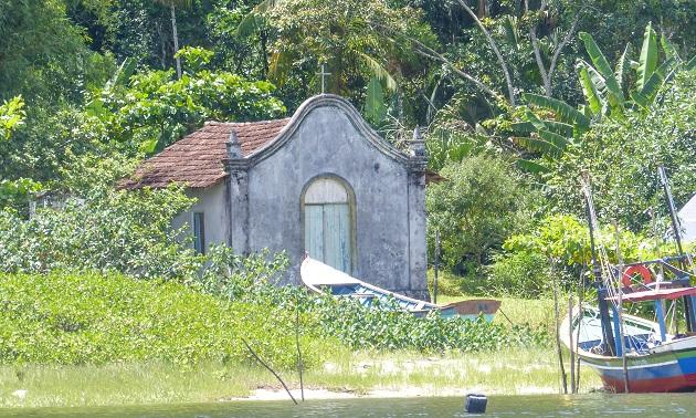 Antiga capela de Guaraqueçaba