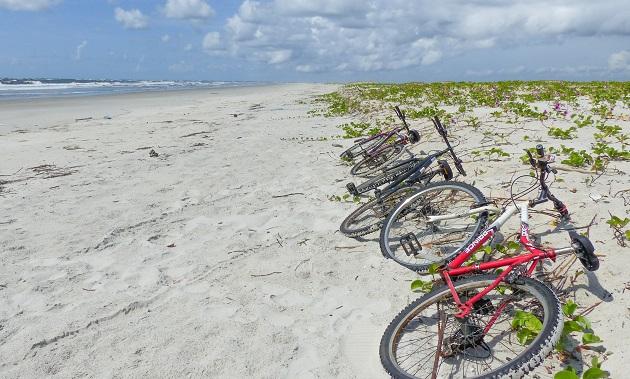 Praia Deserta em Superagui