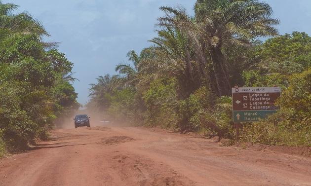 Estrada de terra Itacaré-Maraú