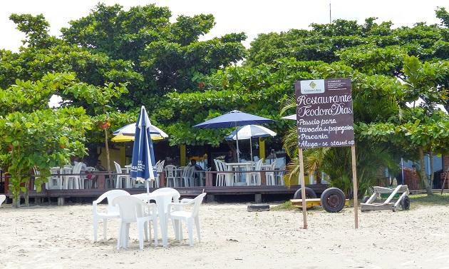 Restaurante na Ilha das Peças