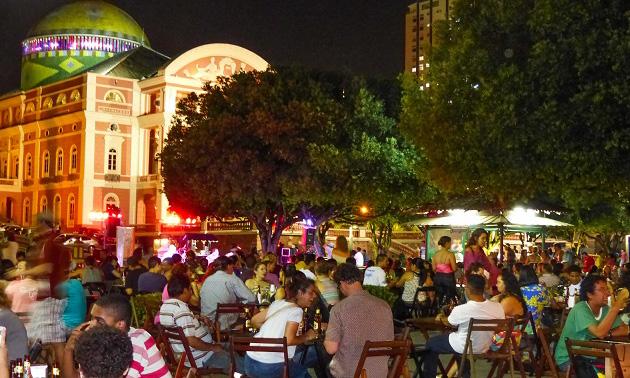 O que fazer em Manaus à noite