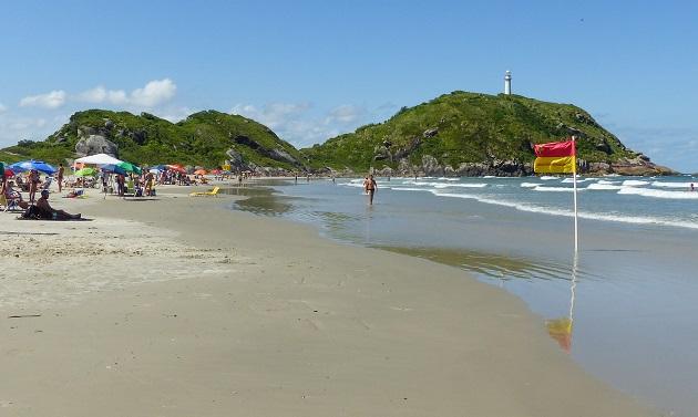 Praia de Fora e Morro do Farol