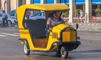 coco-taxi-em-havana
